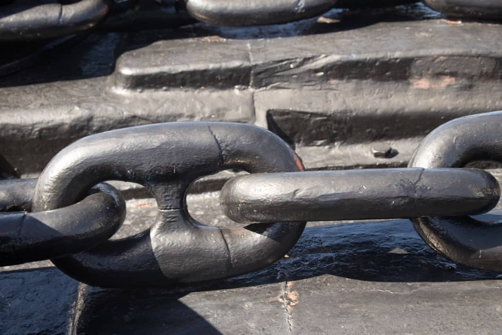 Anchor Chains On the Missouri