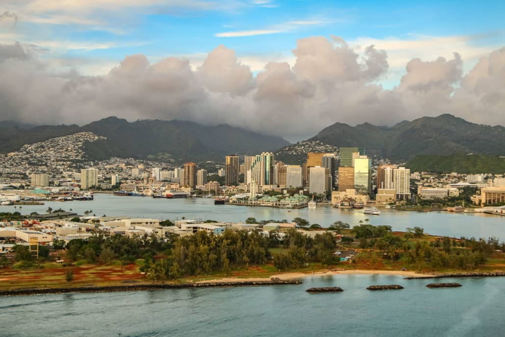 Helicopter Tour of Honolulu Harbor