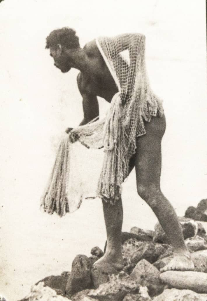 NativeHawaiianFishermanwithNet's