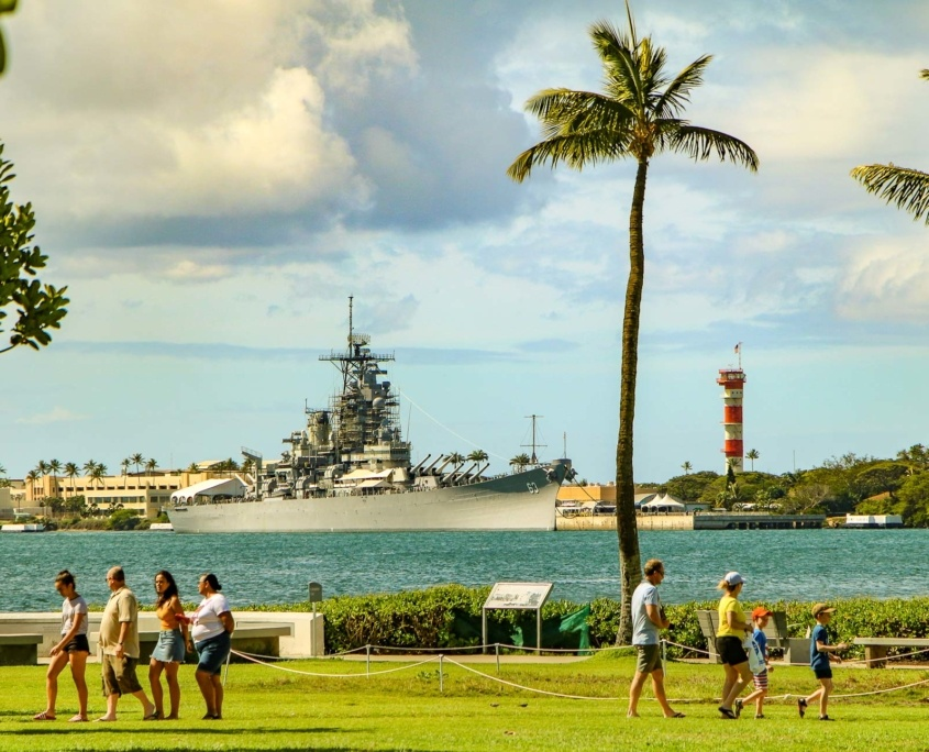 Pearl Harbor Visitors and USS Missouri