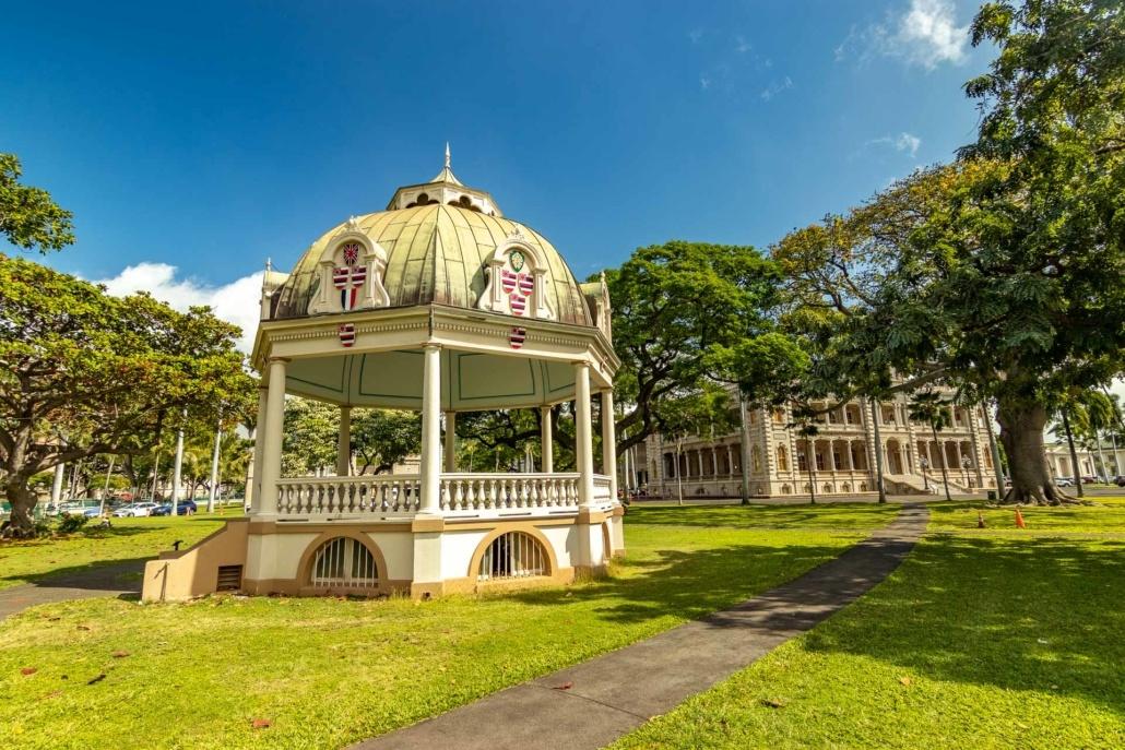 Iolani Palace Pavilion and Palace