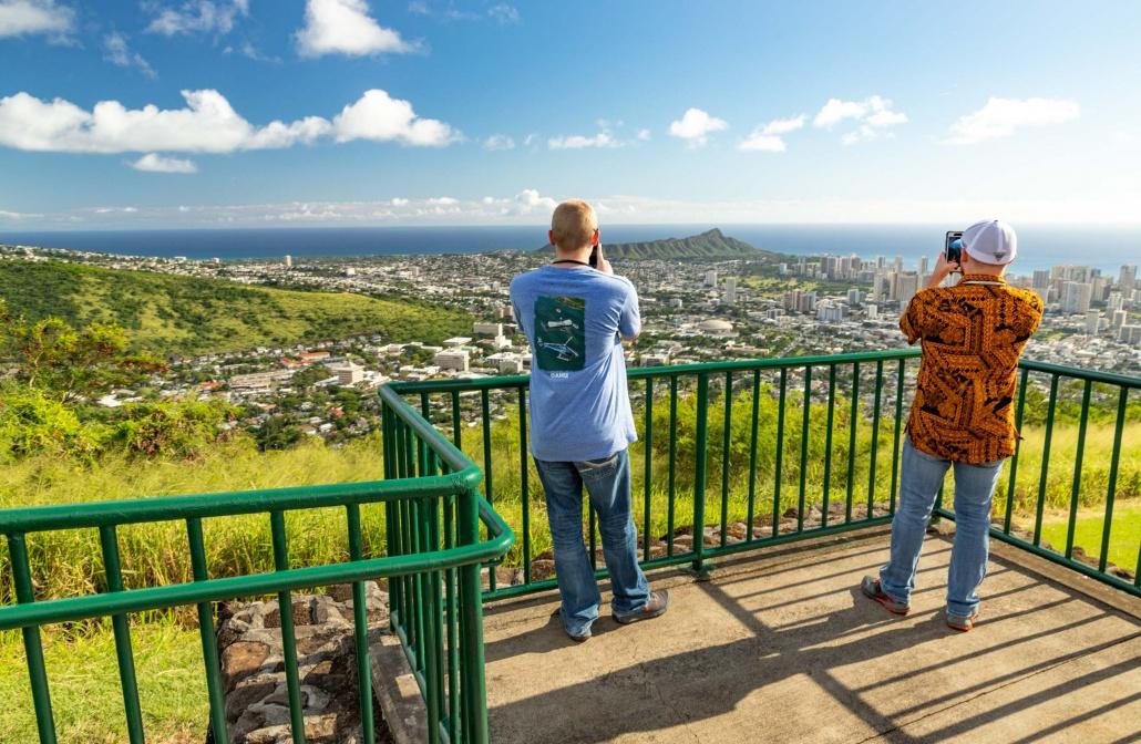 Tantilus Road Viewpoint Visitors above Honolulu Oahu