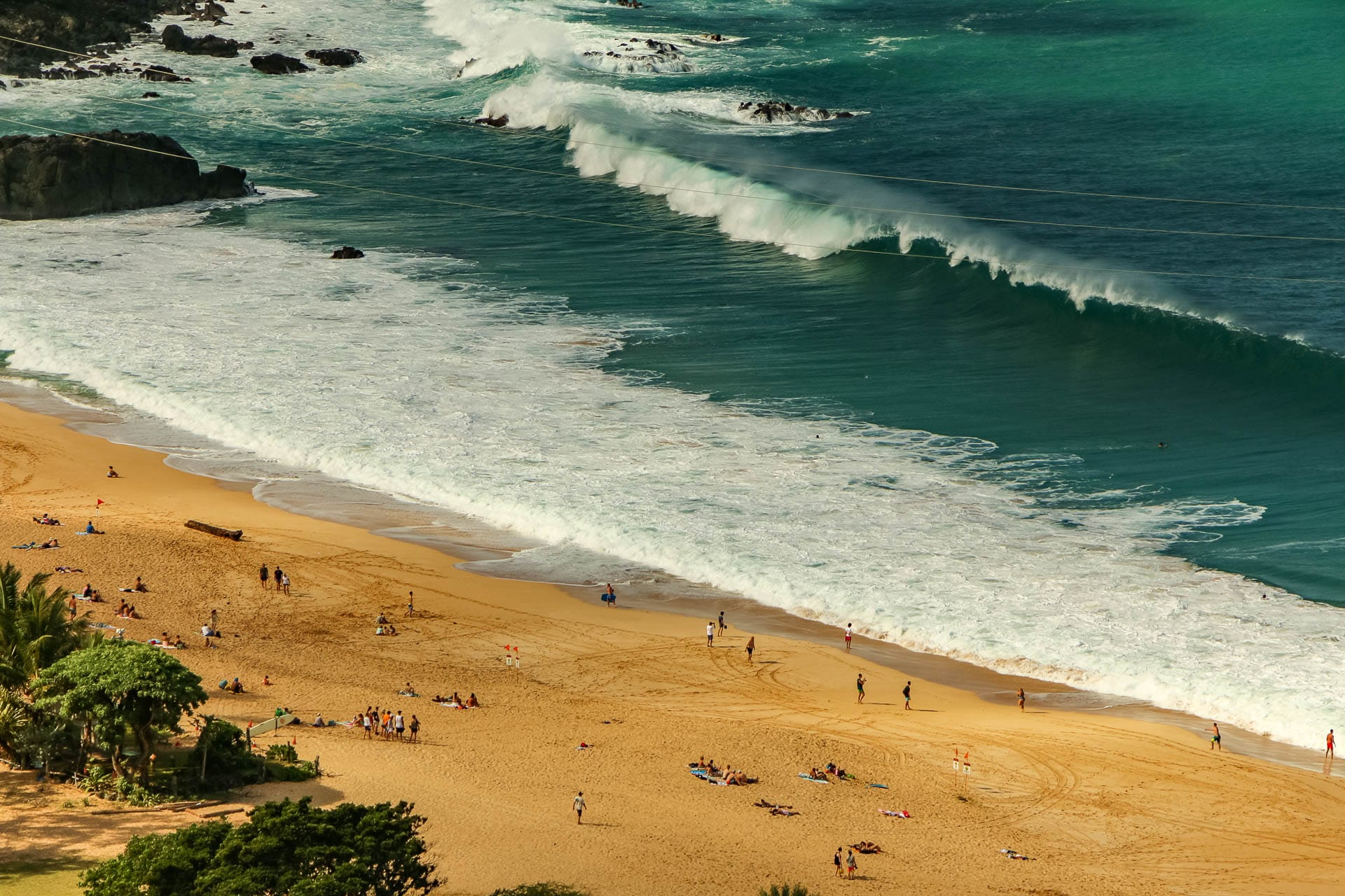 Waimea Bay Beach Overlook Waves and People