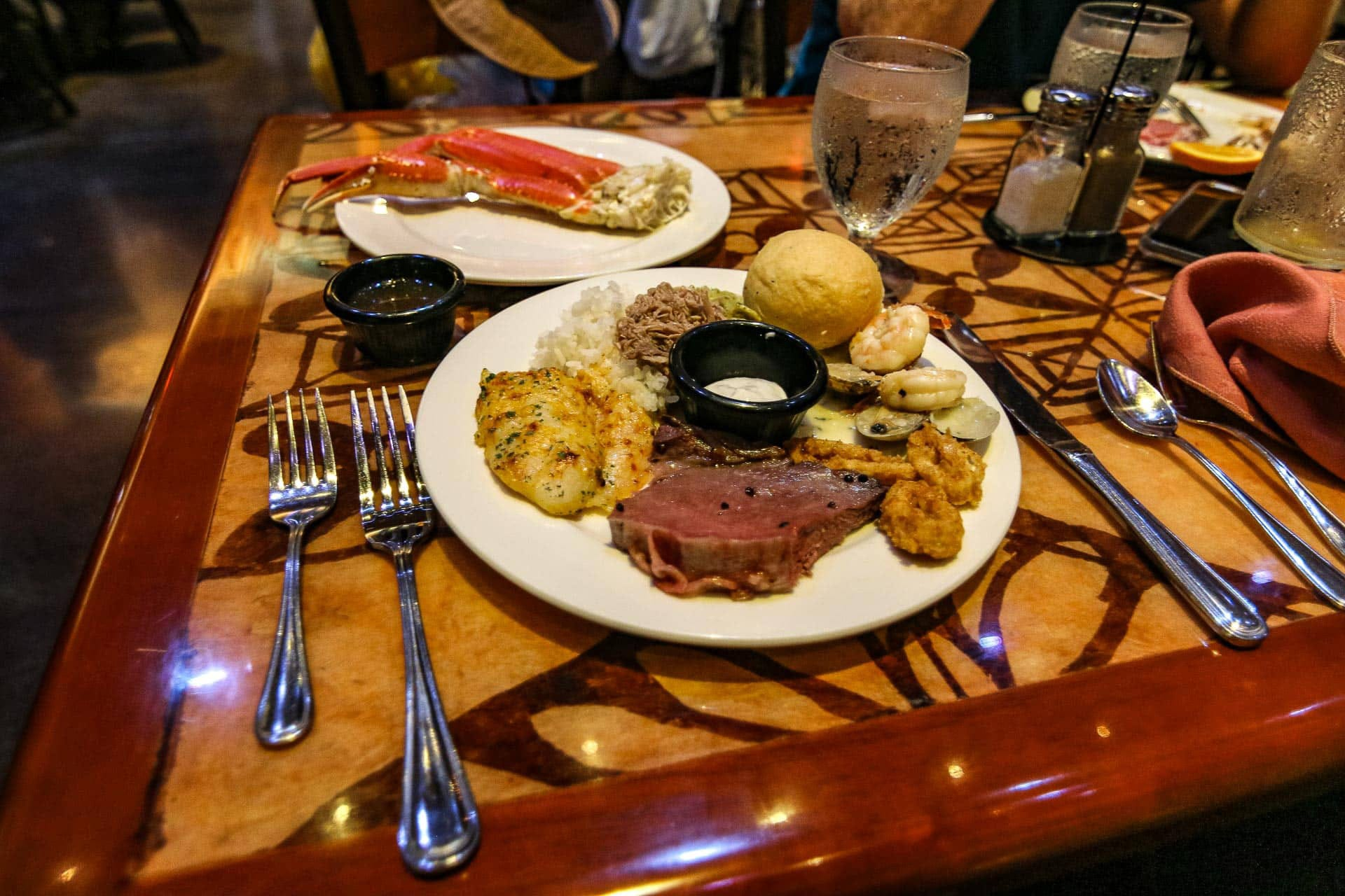 prime rib meal polynesian cultural center