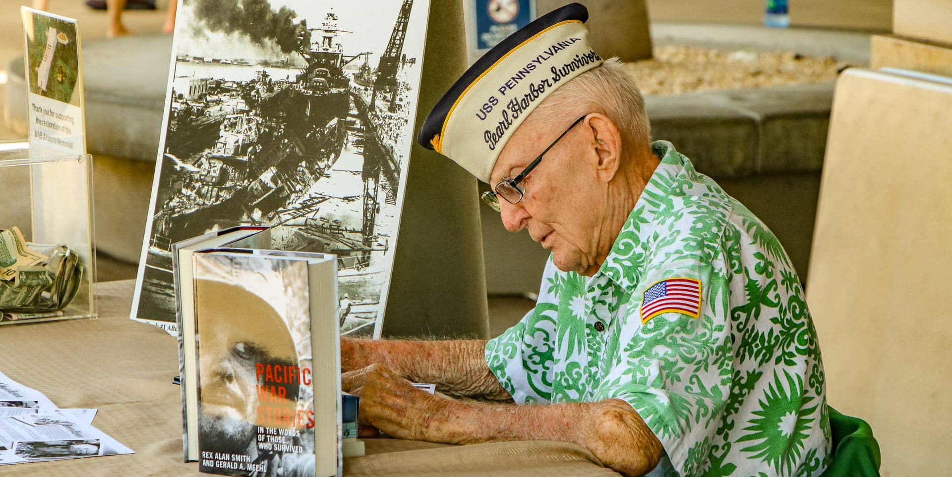 pearl harbor survivor desk