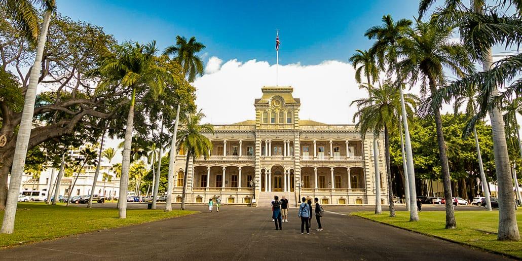 Iolani Palace Entrance