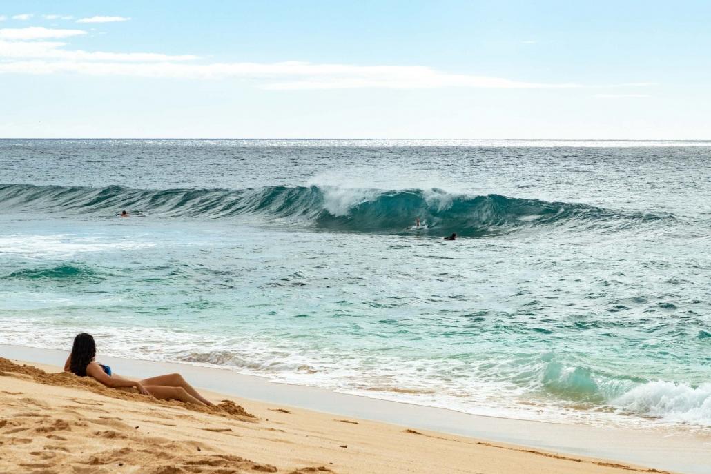 Banzai Pipeline Beach and Wave North Shore Oahu