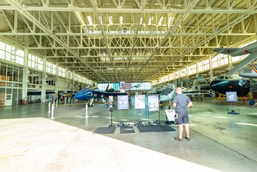 Pearl Harbor Aviation Museum Hanger 79 Entrance Visitor Oahu